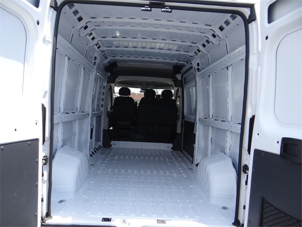 2018 ProMaster 2500 High Roof FWD,  Empty Cargo Van #R1659T - photo 2