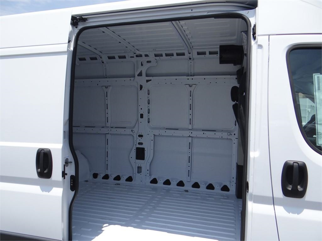 2018 ProMaster 2500 High Roof FWD,  Empty Cargo Van #R1659T - photo 18
