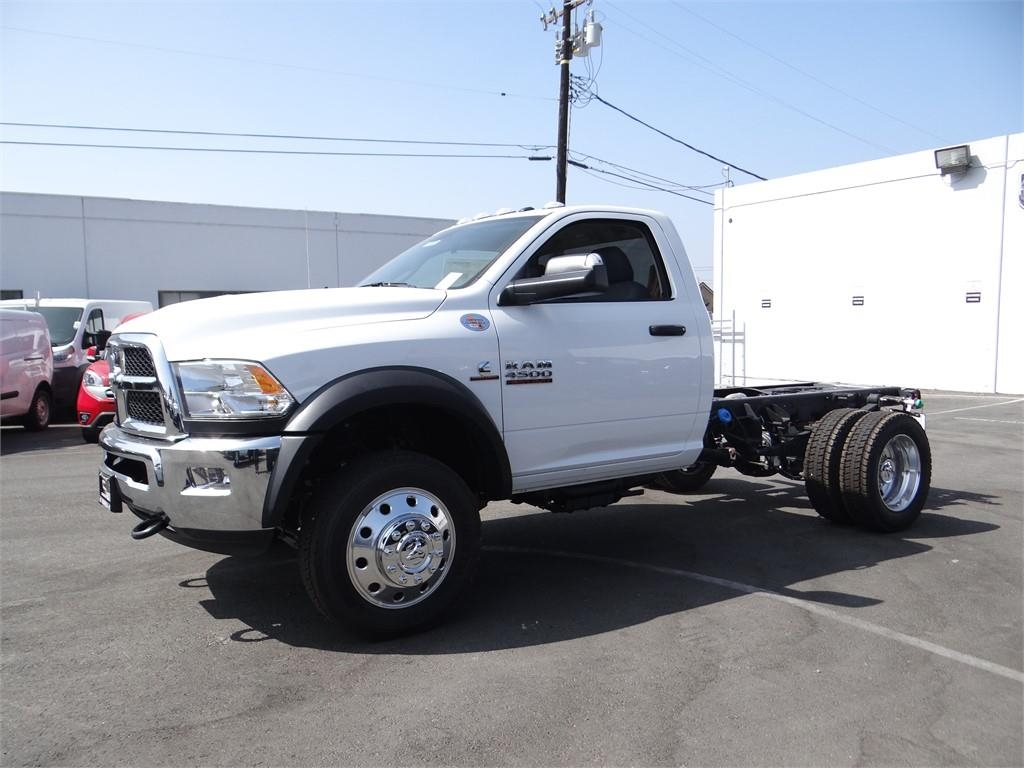 2018 Ram 4500 Regular Cab DRW 4x4,  Cab Chassis #R1673T - photo 6