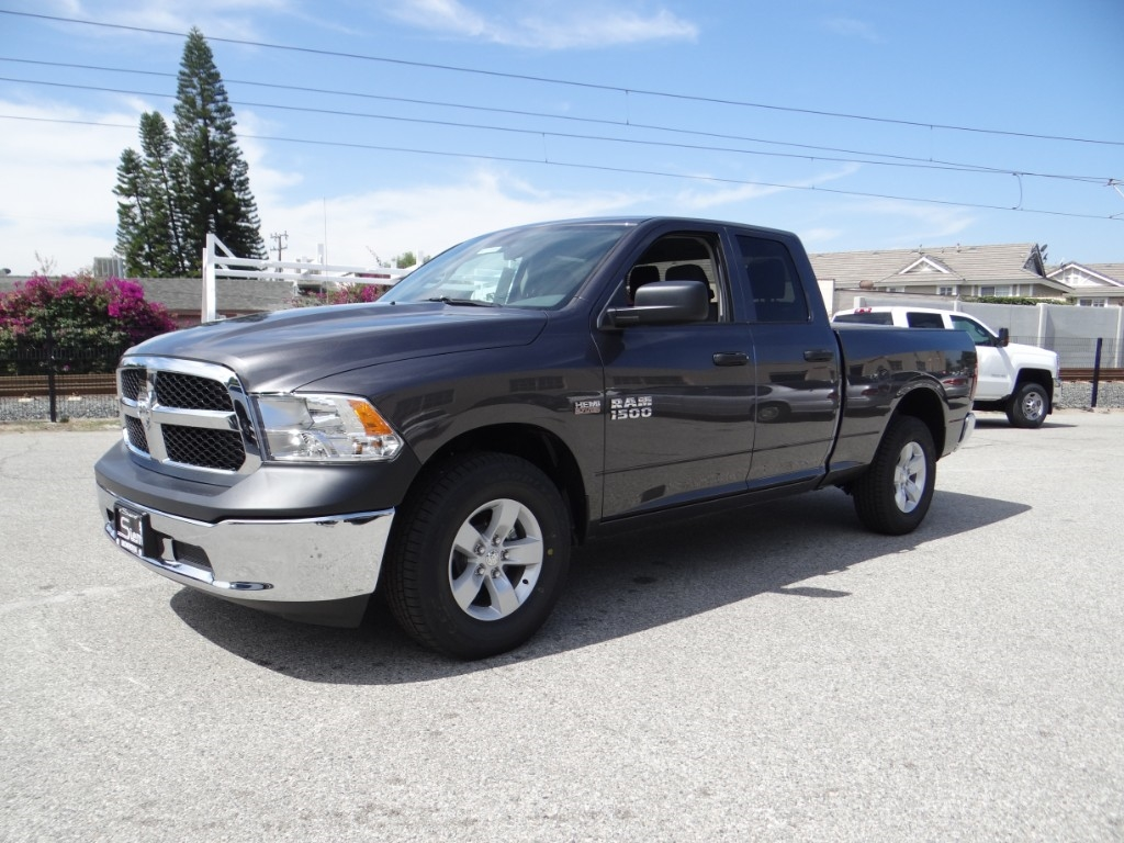 2018 Ram 1500 Quad Cab 4x2,  Pickup #R1710 - photo 7