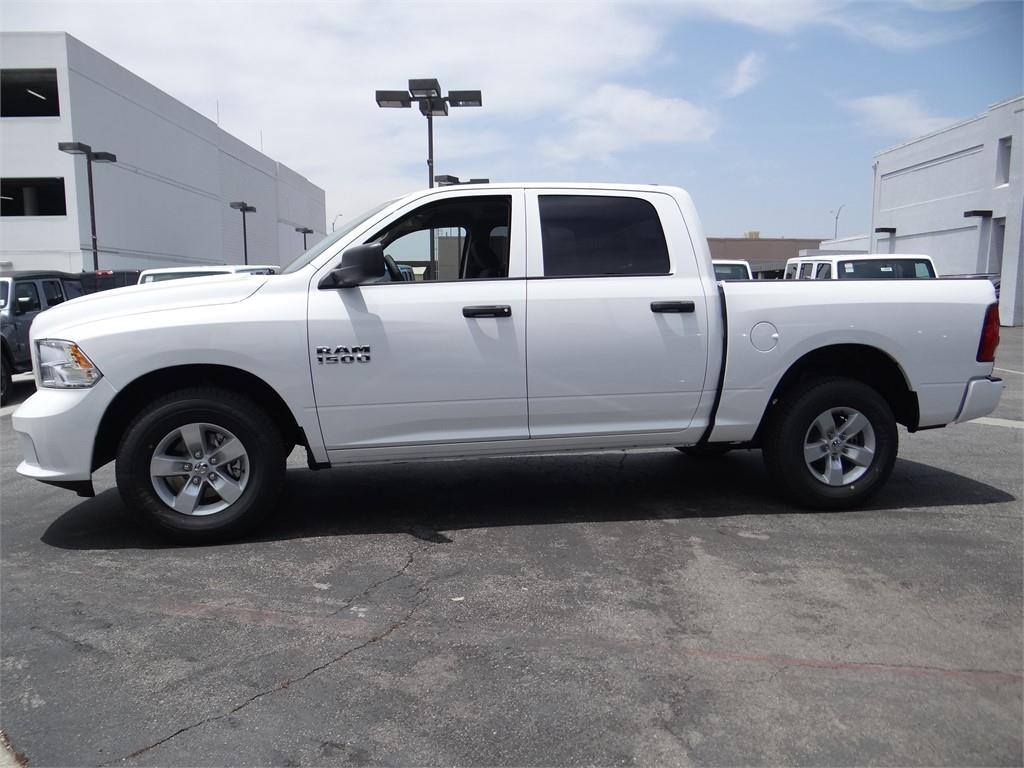 2018 Ram 1500 Crew Cab 4x2,  Pickup #R1714 - photo 6