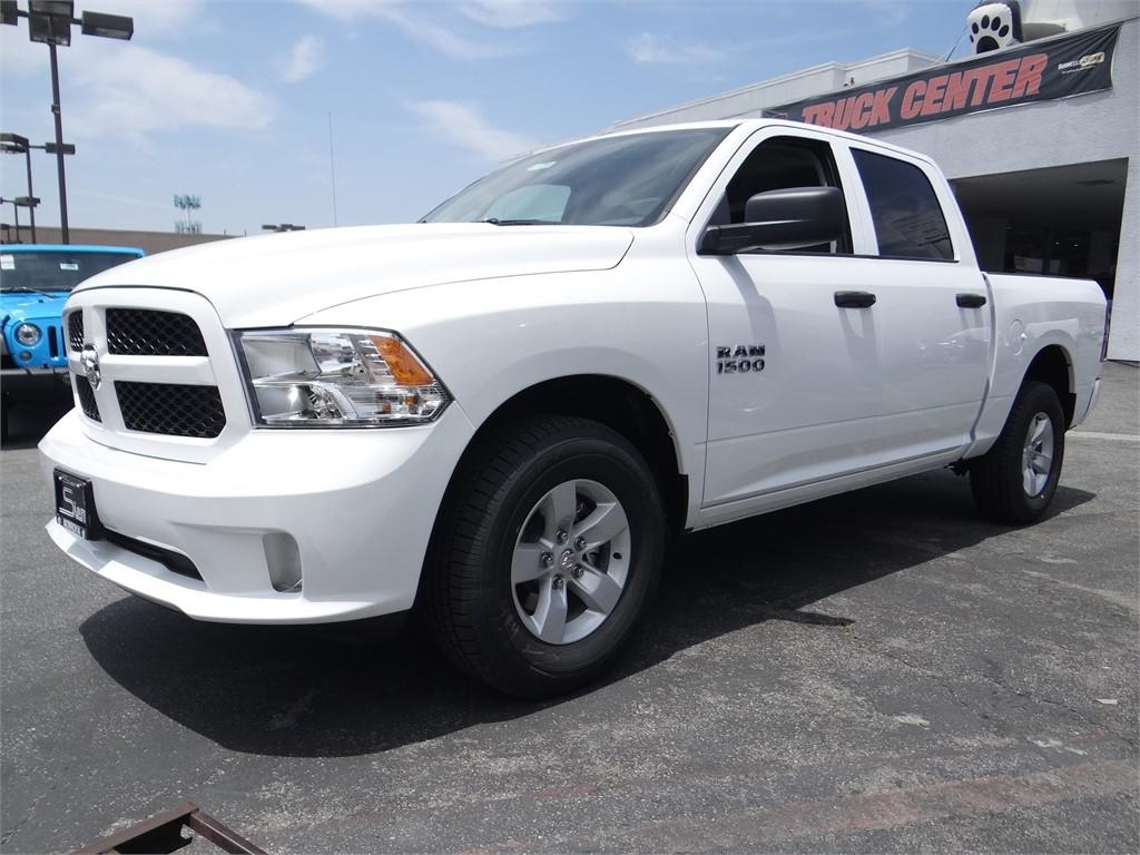 2018 Ram 1500 Crew Cab 4x2,  Pickup #R1714 - photo 7
