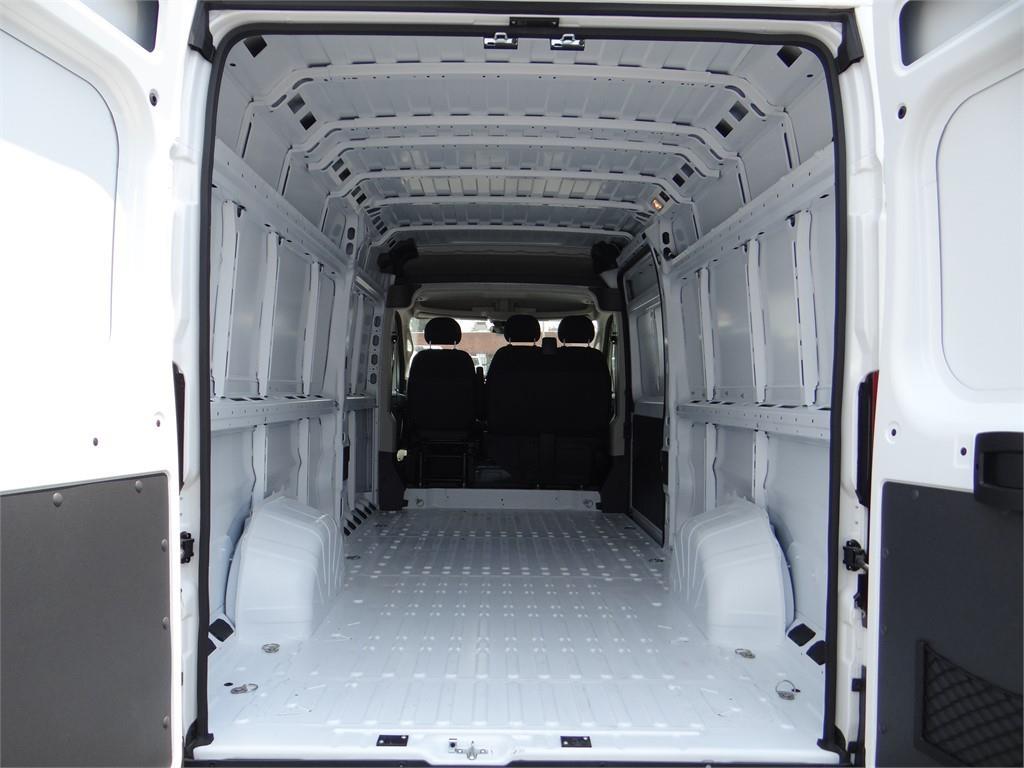 2018 ProMaster 3500 High Roof FWD,  Empty Cargo Van #R1755T - photo 2