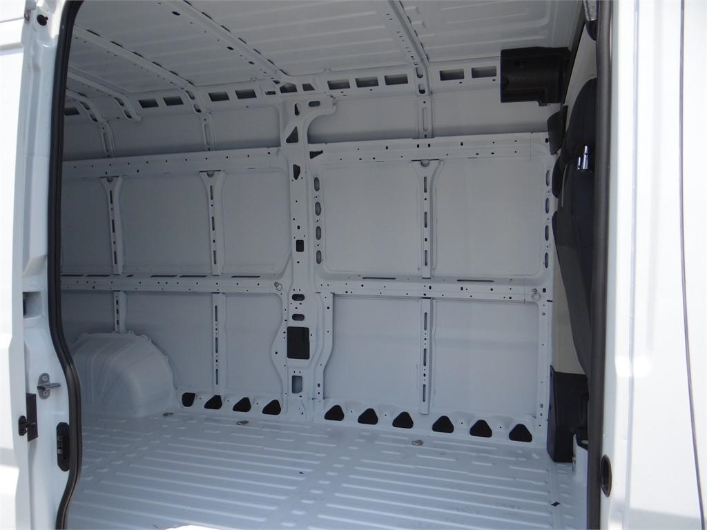 2018 ProMaster 3500 High Roof FWD,  Empty Cargo Van #R1755T - photo 18