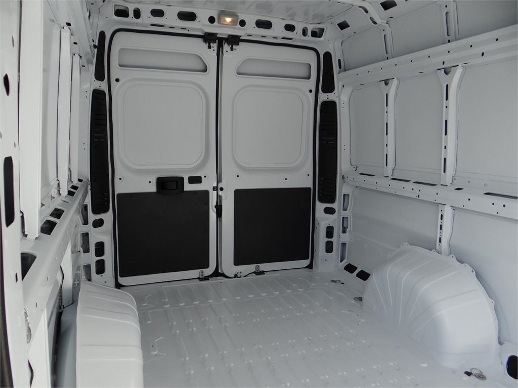 2018 ProMaster 3500 High Roof FWD,  Empty Cargo Van #R1768T - photo 17