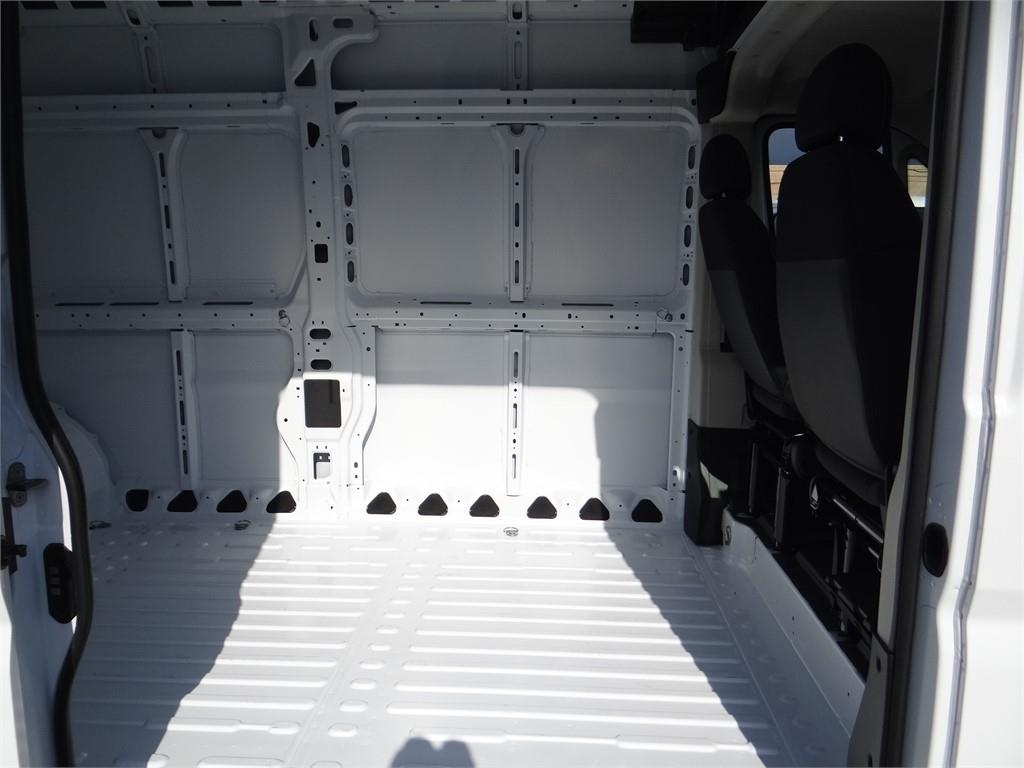 2018 ProMaster 3500 High Roof FWD,  Empty Cargo Van #R1768T - photo 18