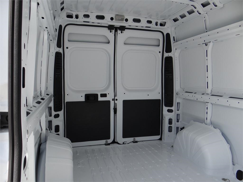 2018 ProMaster 2500 High Roof FWD,  Empty Cargo Van #R1772T - photo 18