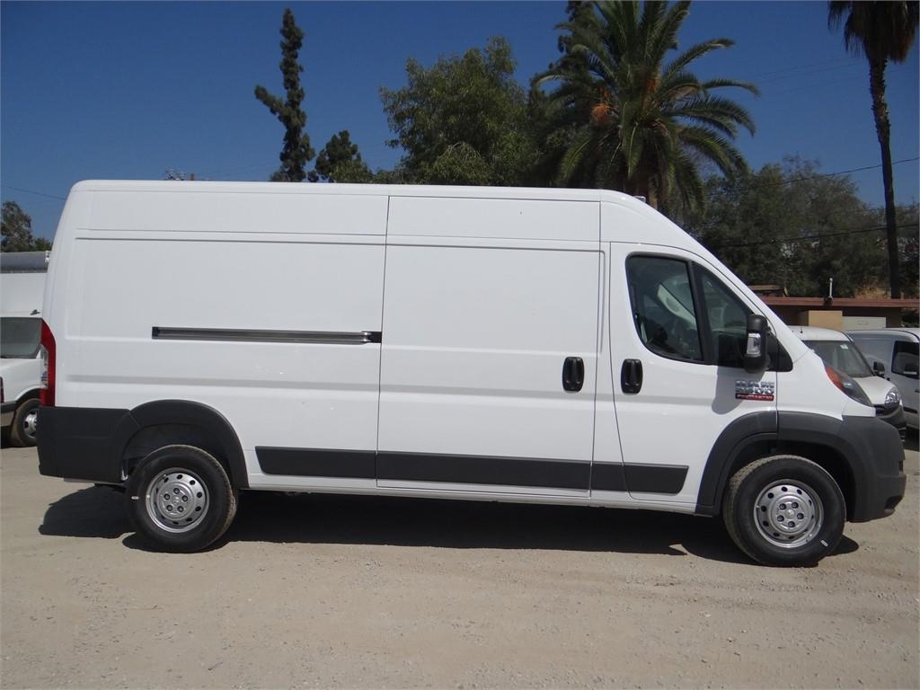 2018 ProMaster 2500 High Roof FWD,  Empty Cargo Van #R1772T - photo 3