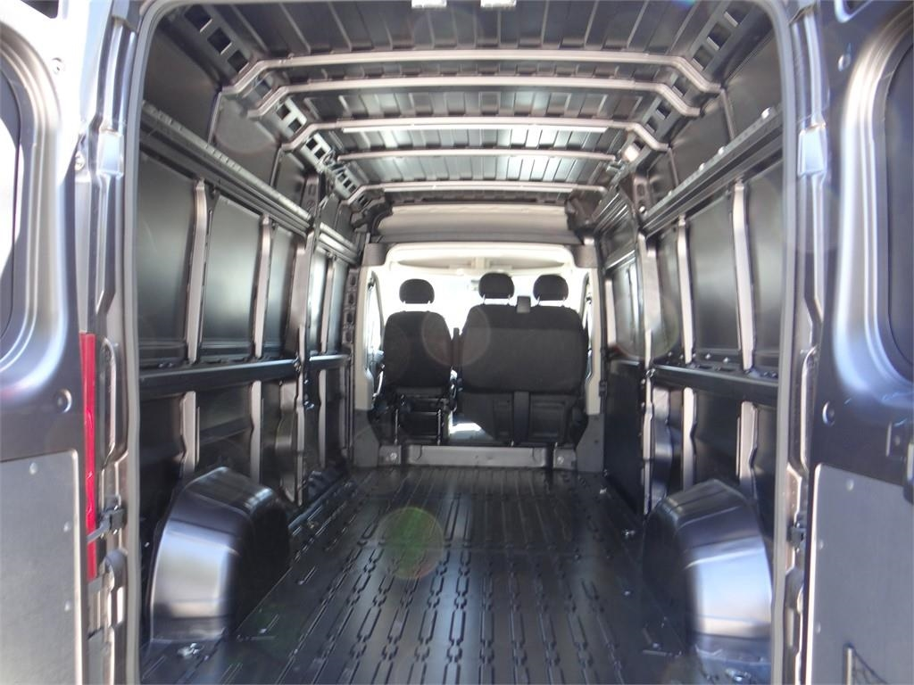 2018 ProMaster 2500 High Roof FWD,  Empty Cargo Van #R1773T - photo 2