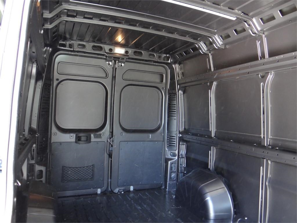 2018 ProMaster 2500 High Roof FWD,  Empty Cargo Van #R1773T - photo 17