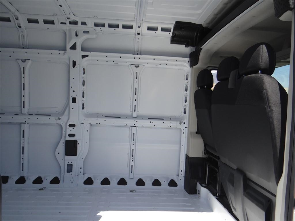 2018 ProMaster 2500 High Roof FWD,  Empty Cargo Van #R1777T - photo 20