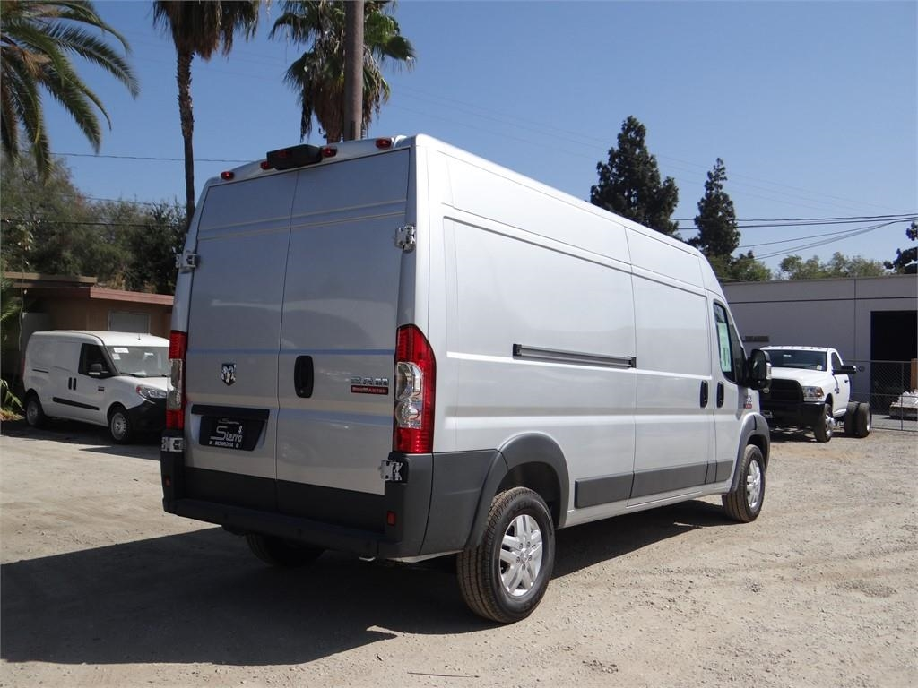 2018 ProMaster 2500 High Roof FWD,  Empty Cargo Van #R1778T - photo 4