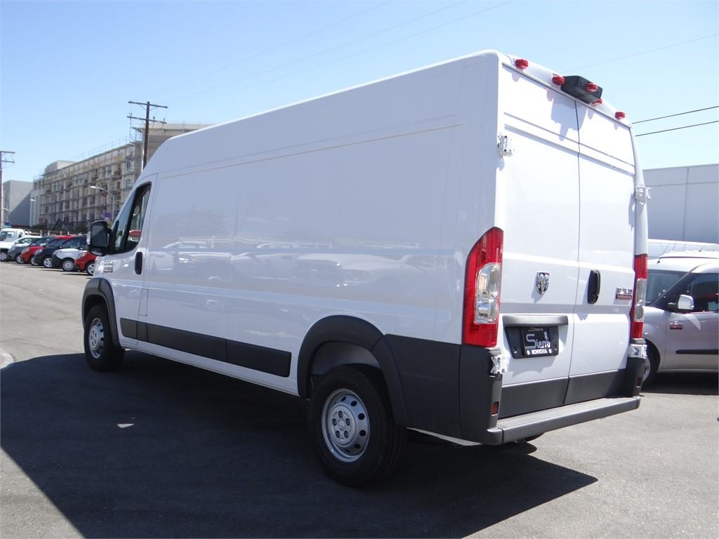 2018 ProMaster 2500 High Roof FWD,  Empty Cargo Van #R1781T - photo 5