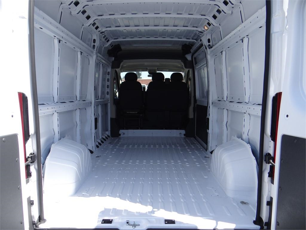 2018 ProMaster 2500 High Roof FWD,  Empty Cargo Van #R1781T - photo 2