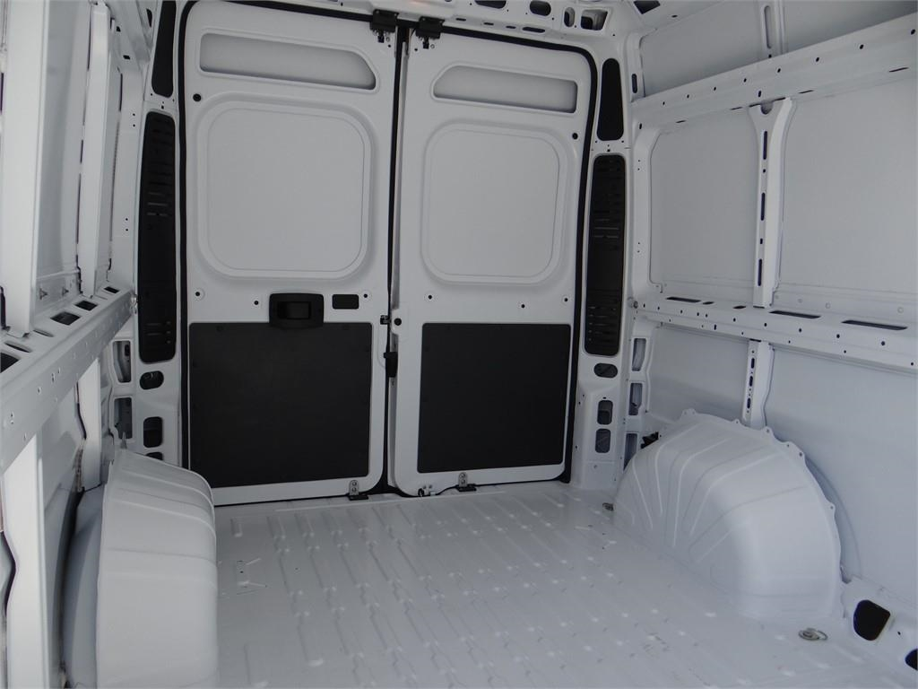 2018 ProMaster 2500 High Roof FWD,  Empty Cargo Van #R1781T - photo 18