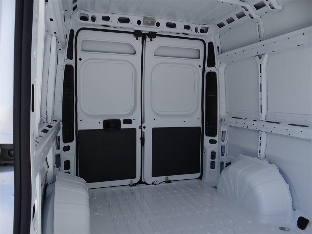 2018 ProMaster 2500 High Roof FWD,  Empty Cargo Van #R1789T - photo 18