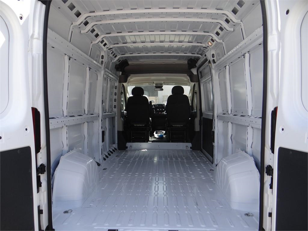 2018 ProMaster 2500 High Roof FWD,  Empty Cargo Van #R1792T - photo 2
