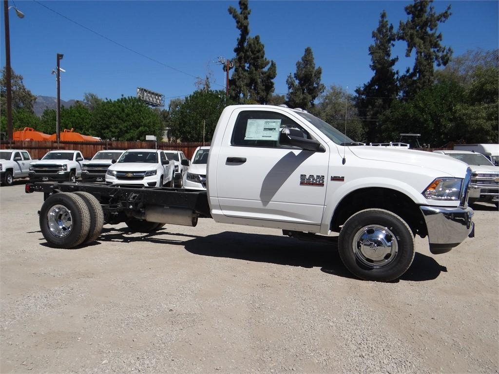 2018 Ram 3500 Regular Cab DRW 4x2,  Cab Chassis #R1794T - photo 3