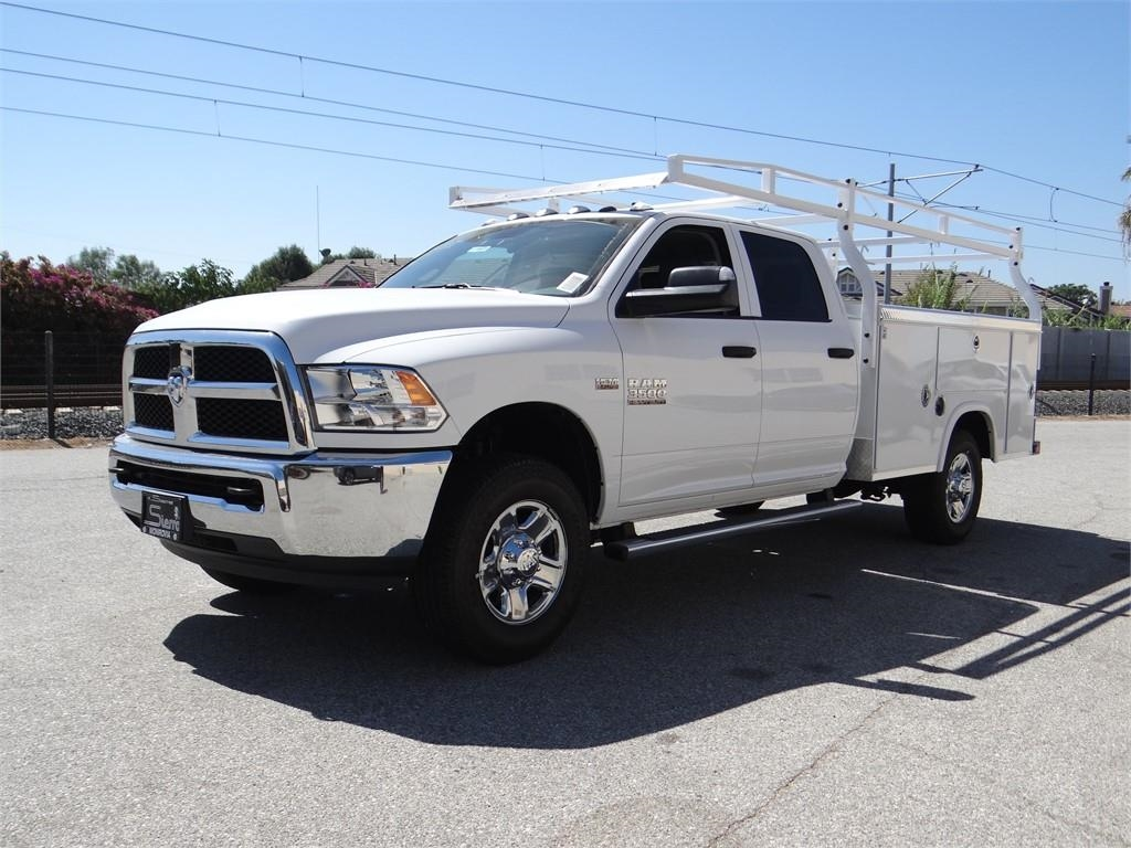 2018 Ram 3500 Crew Cab 4x2,  Royal Service Body #R1807T - photo 7