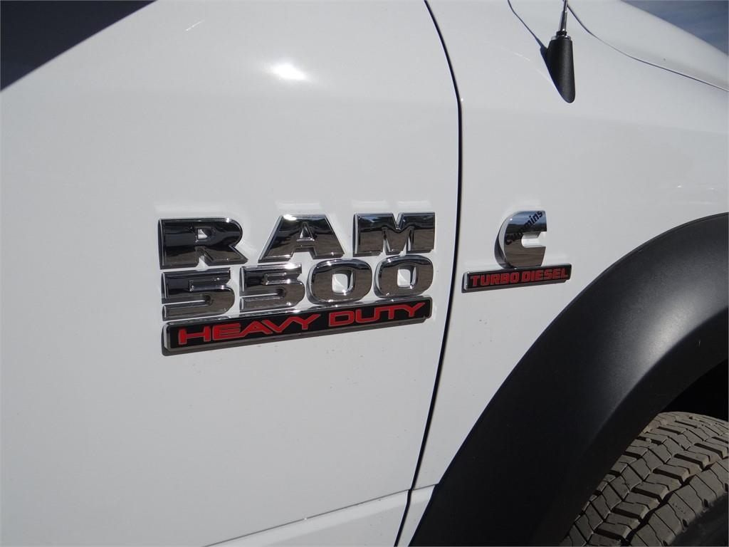 2018 Ram 5500 Regular Cab DRW 4x2,  Cab Chassis #R1809T - photo 21
