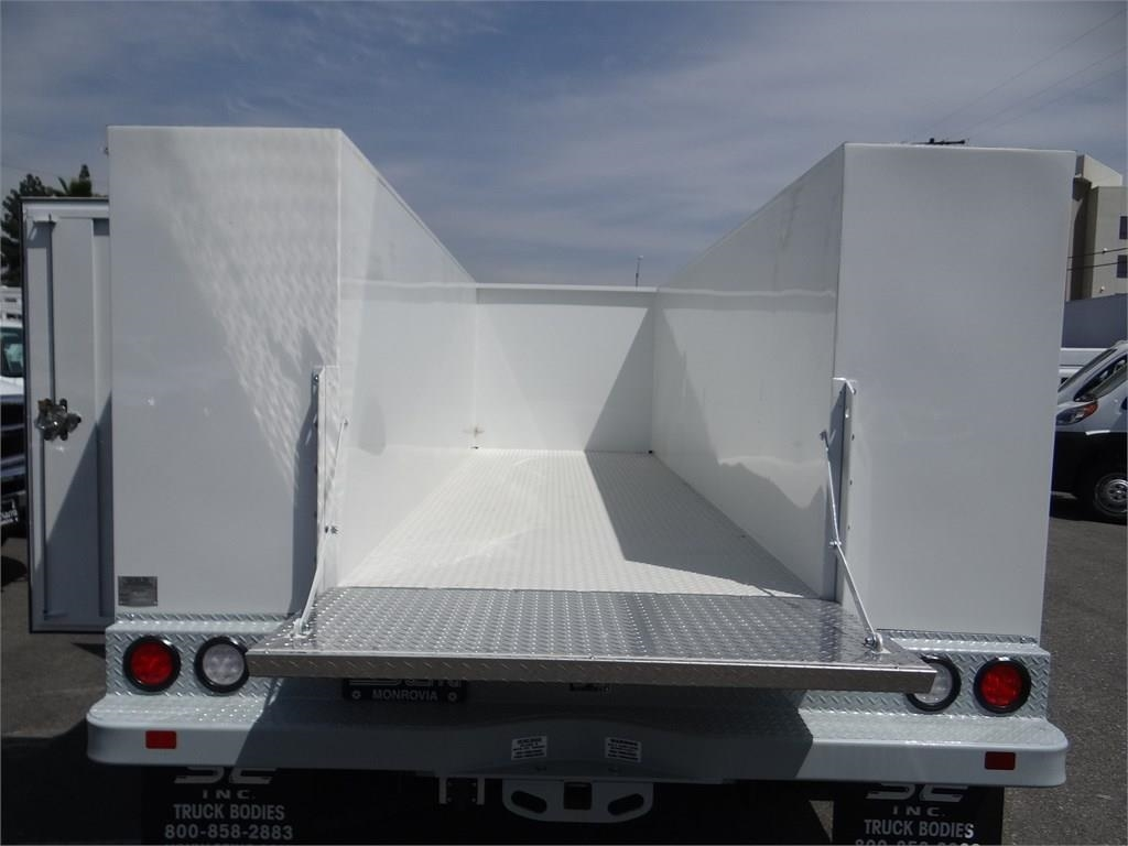 2018 Ram 5500 Regular Cab DRW 4x2,  Scelzi Service Body #R1828 - photo 17