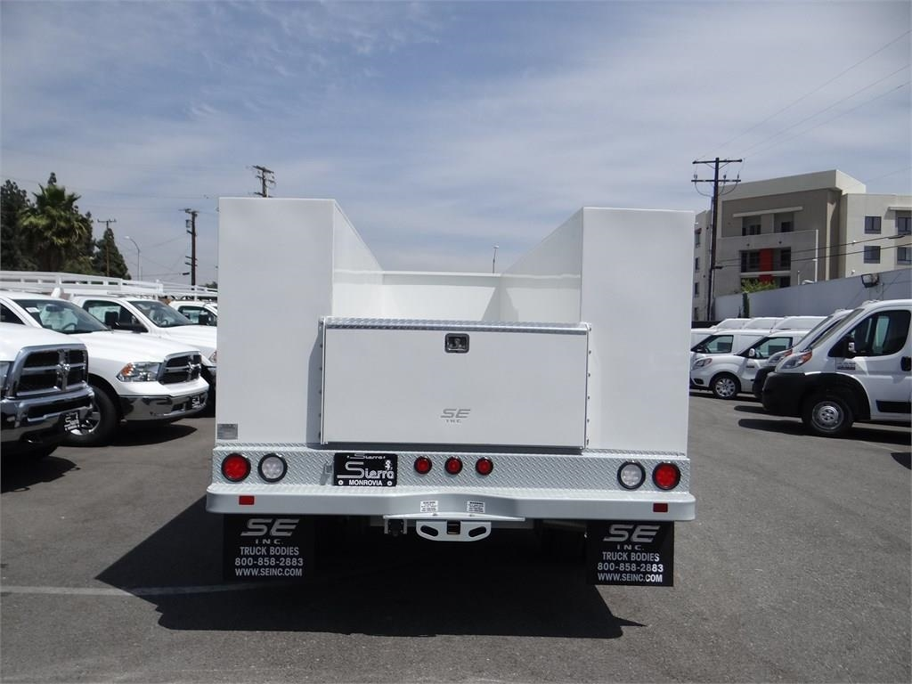 2018 Ram 5500 Regular Cab DRW 4x2,  Scelzi Service Body #R1828 - photo 4