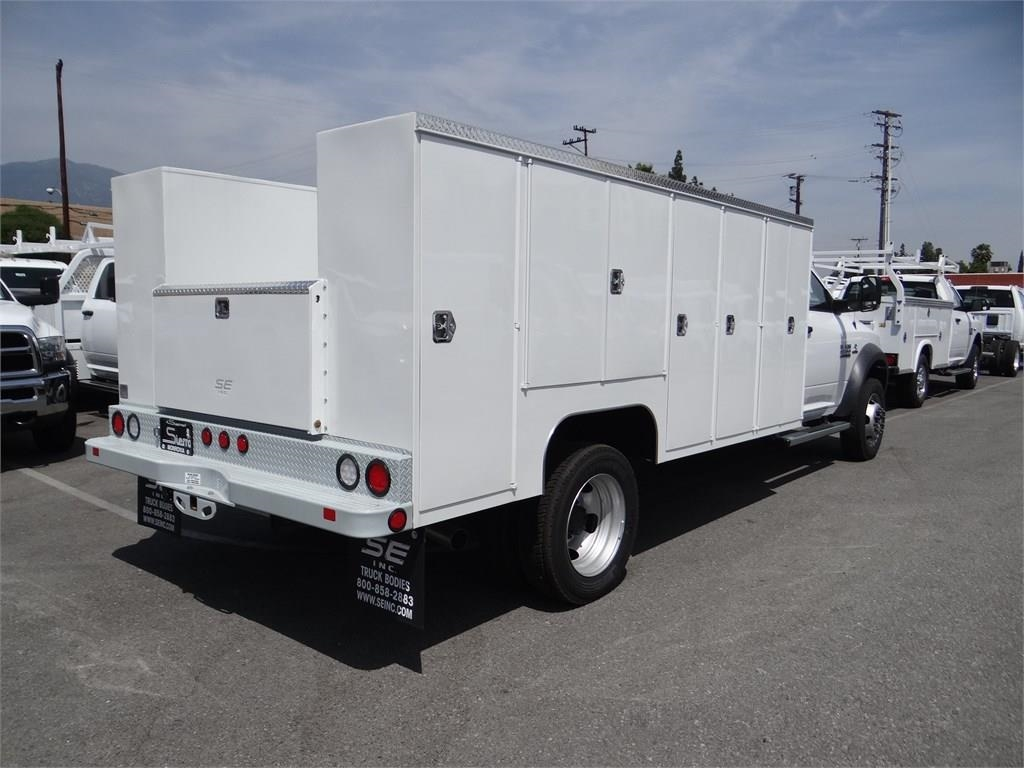2018 Ram 5500 Regular Cab DRW 4x2,  Scelzi Service Body #R1829T - photo 2