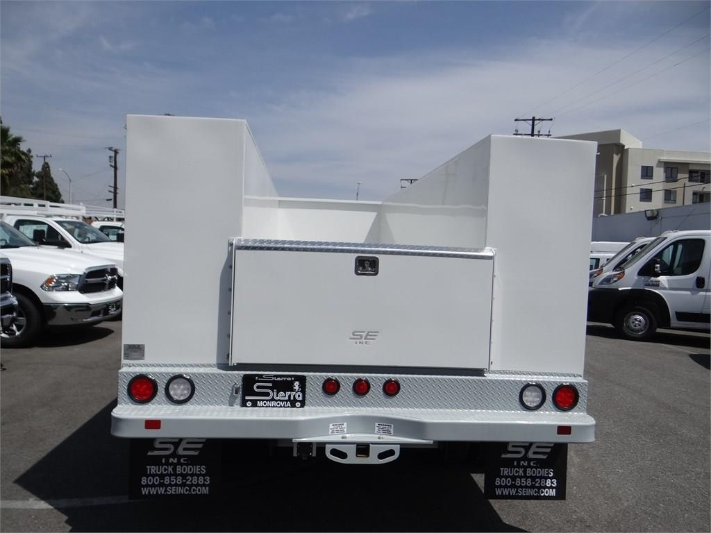 2018 Ram 5500 Regular Cab DRW 4x2,  Scelzi Service Body #R1829T - photo 4