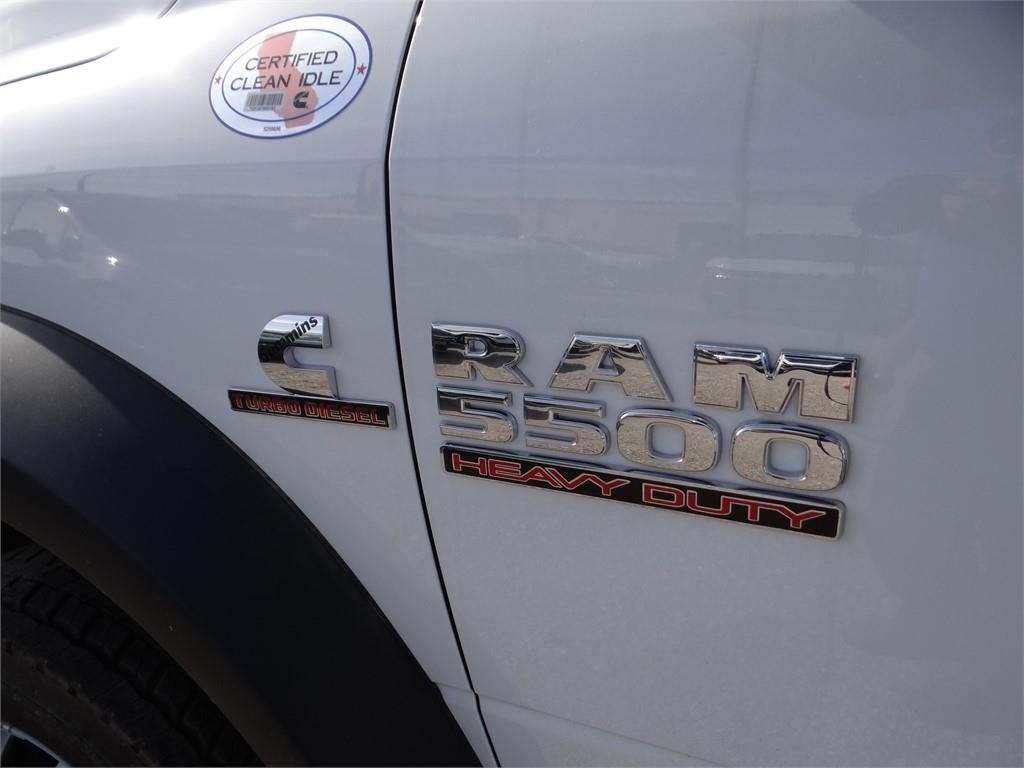 2018 Ram 5500 Regular Cab DRW 4x2,  Cab Chassis #R1832T - photo 20