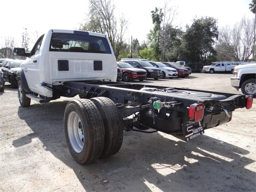 2018 Ram 5500 Regular Cab DRW 4x2,  Cab Chassis #R1832T - photo 5