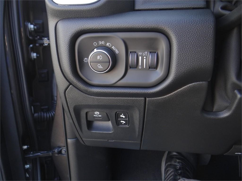 2019 Ram 1500 Crew Cab 4x2,  Pickup #R1834 - photo 16