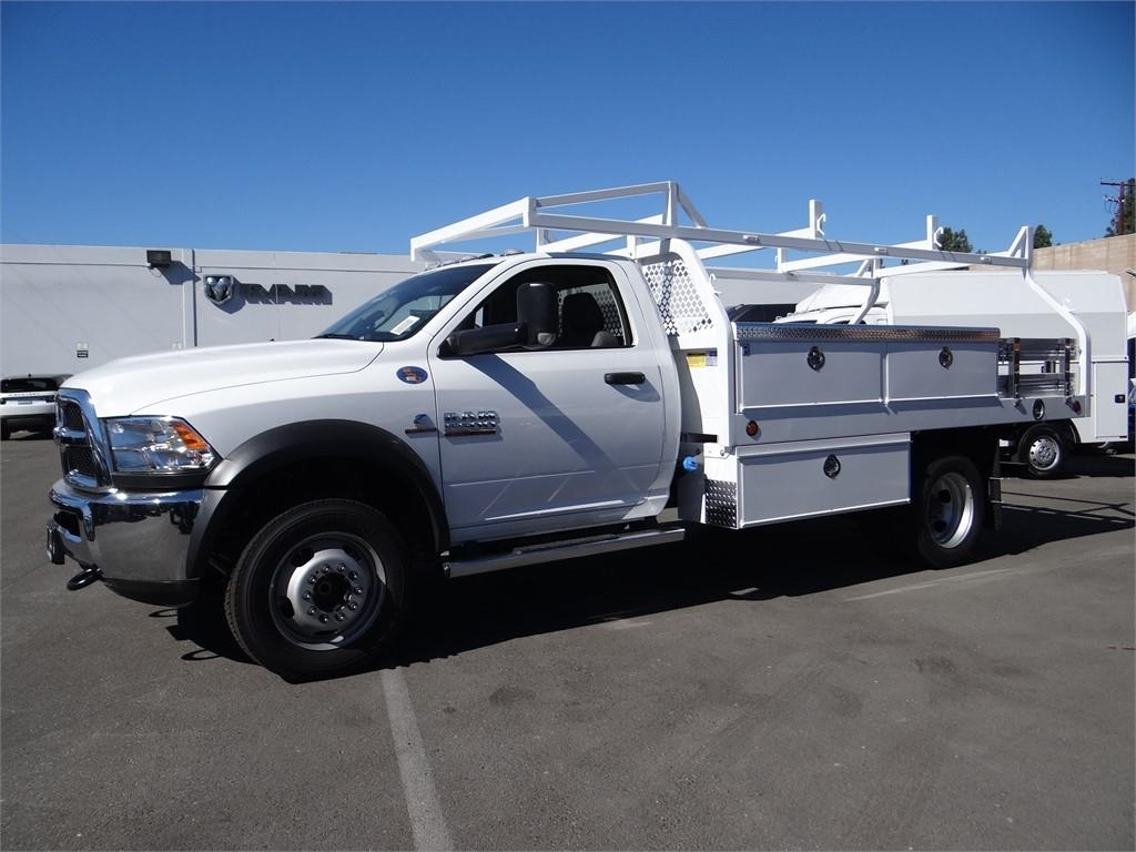 2018 Ram 5500 Regular Cab DRW 4x2,  Royal Contractor Body #R1845T - photo 6