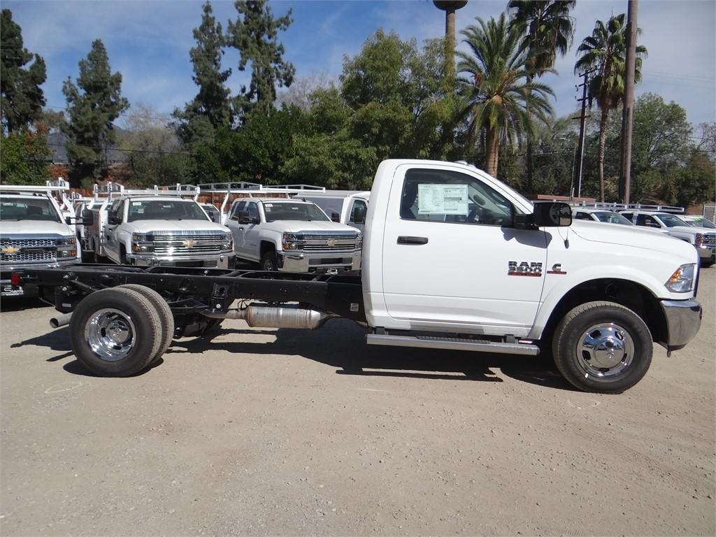 2018 Ram 3500 Regular Cab DRW 4x2,  Cab Chassis #R1846T - photo 3