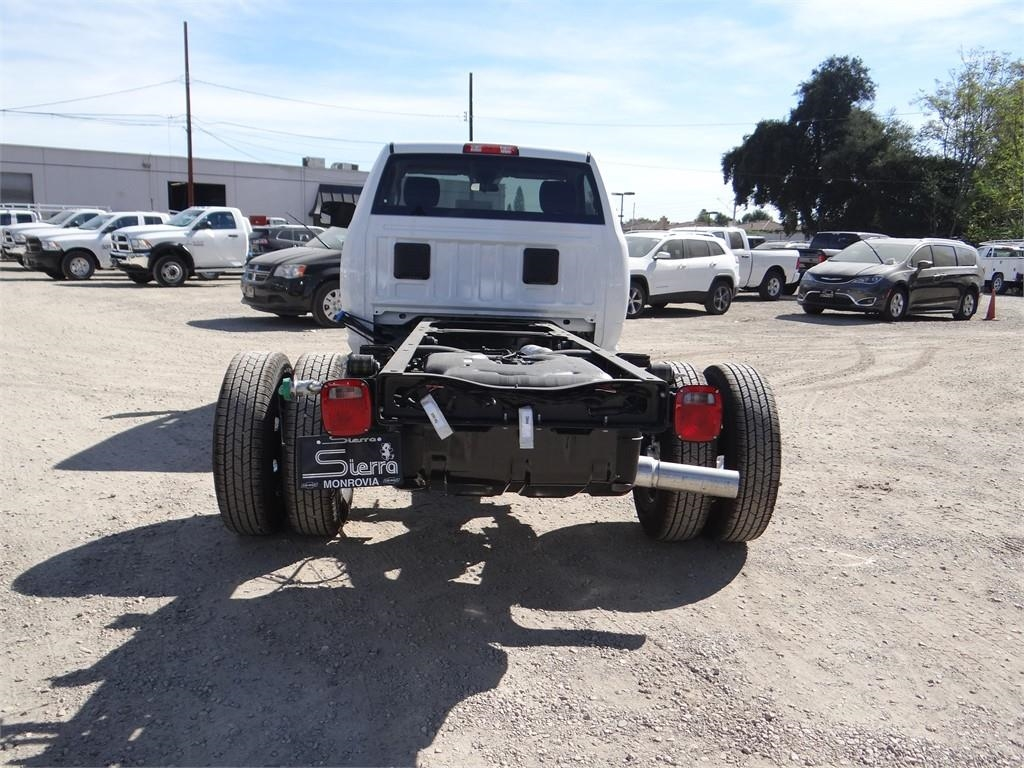2018 Ram 3500 Regular Cab DRW 4x2,  Cab Chassis #R1846T - photo 4