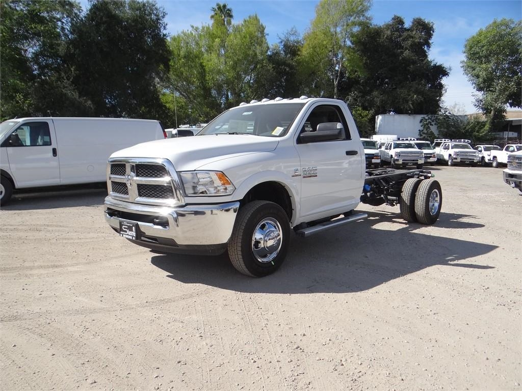 2018 Ram 3500 Regular Cab DRW 4x2,  Cab Chassis #R1846T - photo 7