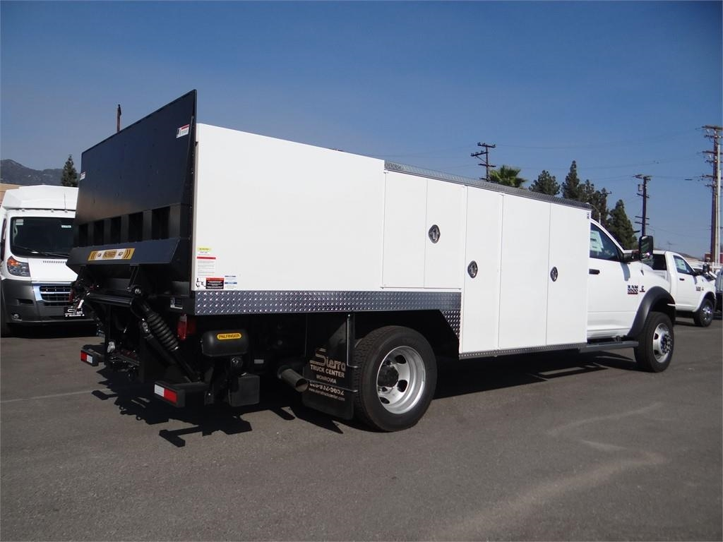 2018 Ram 5500 Regular Cab DRW 4x2,  Other/Specialty #R1852T - photo 2