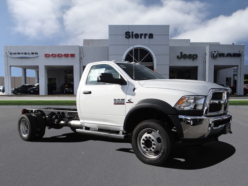 2018 Ram 5500 Regular Cab DRW 4x2,  Cab Chassis #R1855T - photo 1