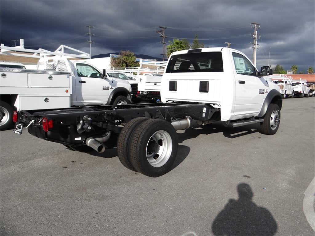 2018 Ram 5500 Regular Cab DRW 4x2,  Cab Chassis #R1855T - photo 2