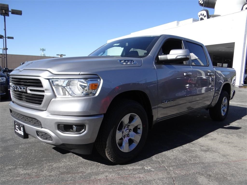 2019 Ram 1500 Crew Cab 4x2,  Pickup #R1860 - photo 6