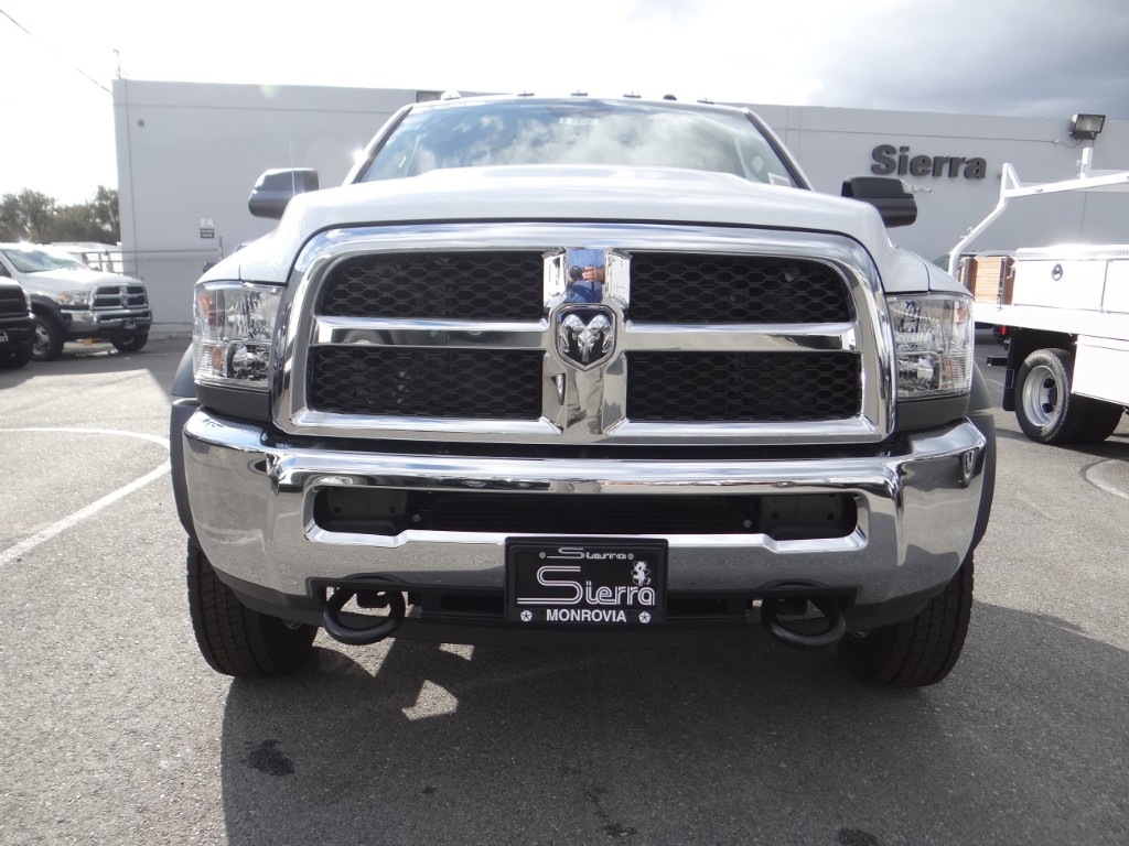 2018 Ram 4500 Regular Cab DRW 4x2,  Cab Chassis #R1865T - photo 8