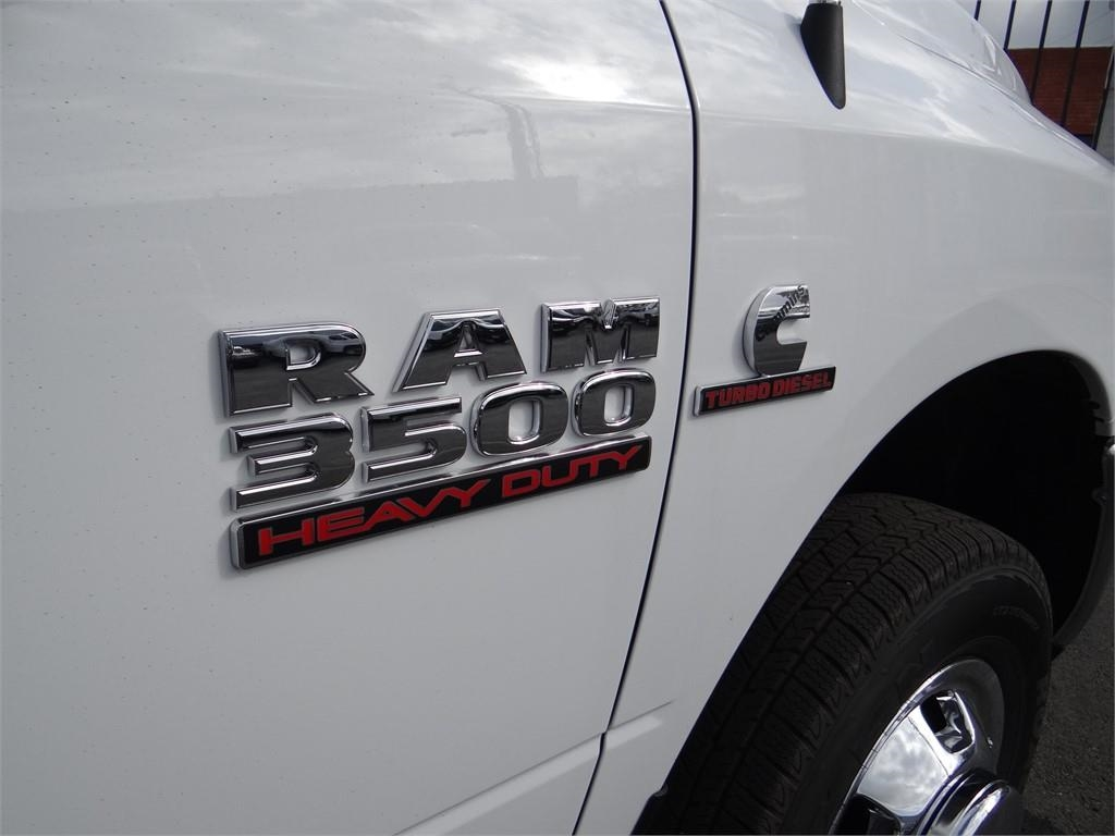 2018 Ram 3500 Regular Cab DRW 4x2,  Scelzi Combo Body #R1879T - photo 29