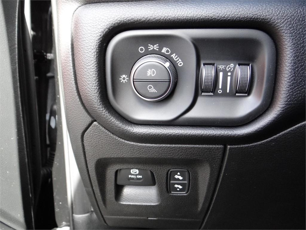 2019 Ram 1500 Crew Cab 4x4,  Pickup #R1886 - photo 18