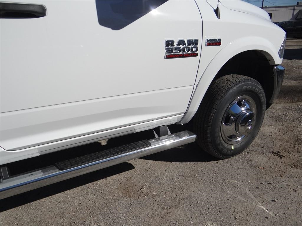 2018 Ram 3500 Regular Cab DRW 4x2,  Cab Chassis #R1898T - photo 19
