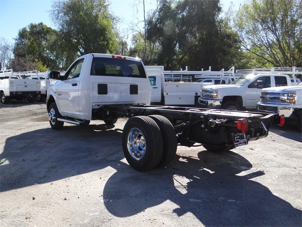 2018 Ram 3500 Regular Cab DRW 4x2,  Cab Chassis #R1898T - photo 5