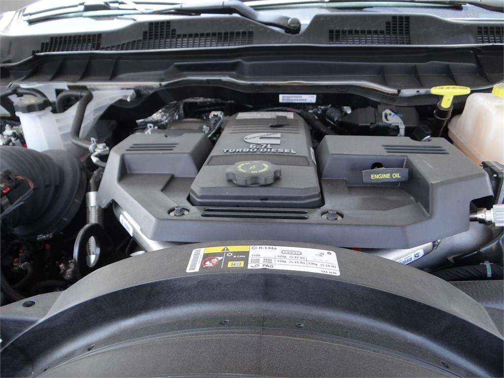 2018 Ram 5500 Regular Cab DRW 4x2,  Royal Contractor Body #R1923T - photo 22
