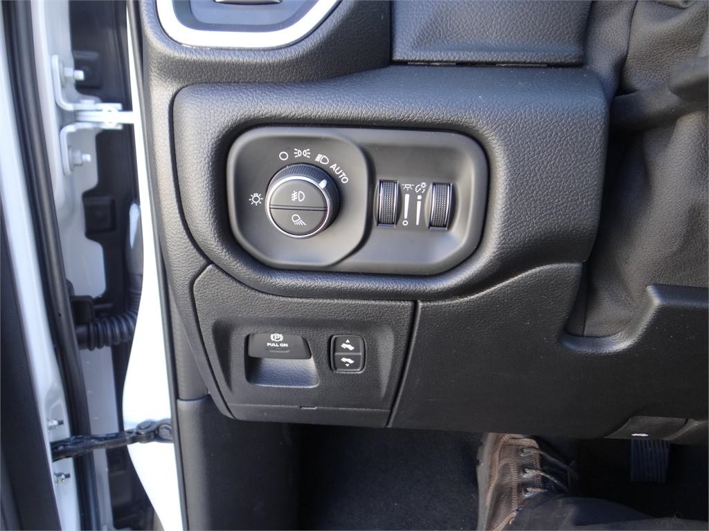 2019 Ram 1500 Crew Cab 4x2,  Pickup #R1930 - photo 15