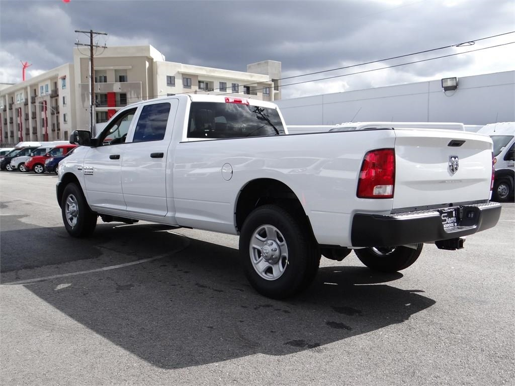 2018 Ram 3500 Crew Cab 4x2,  Pickup #R1933T - photo 5