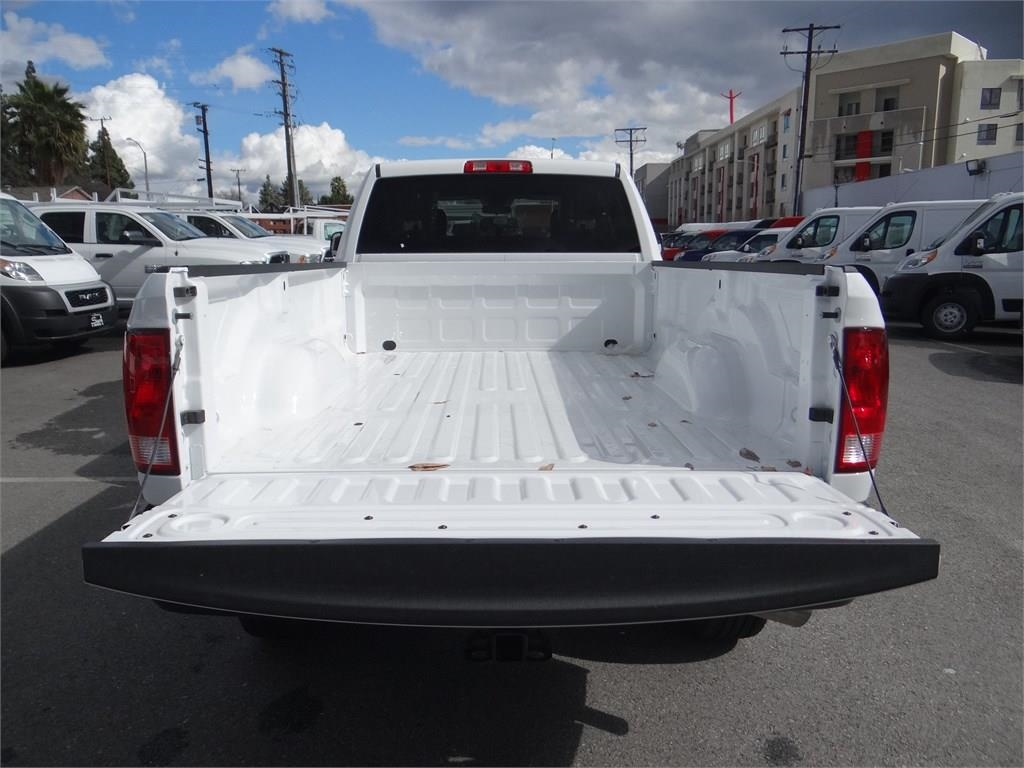 2018 Ram 3500 Crew Cab 4x2,  Pickup #R1933T - photo 18