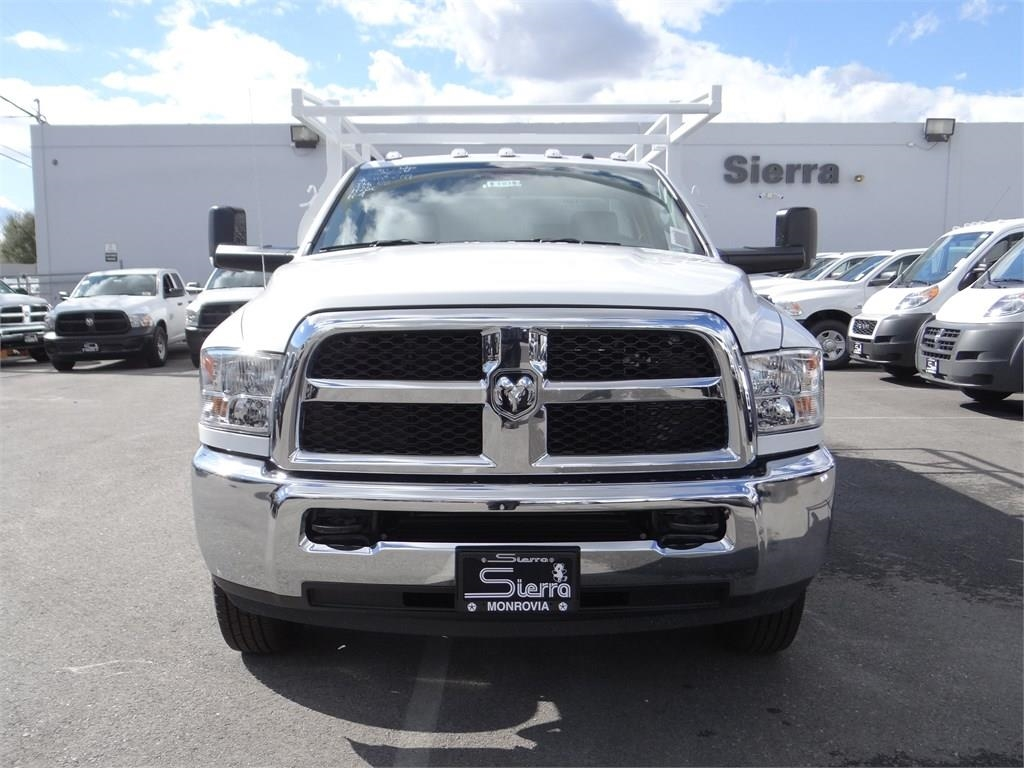2018 Ram 3500 Regular Cab DRW 4x2,  Royal Combo Body #R1938T - photo 7