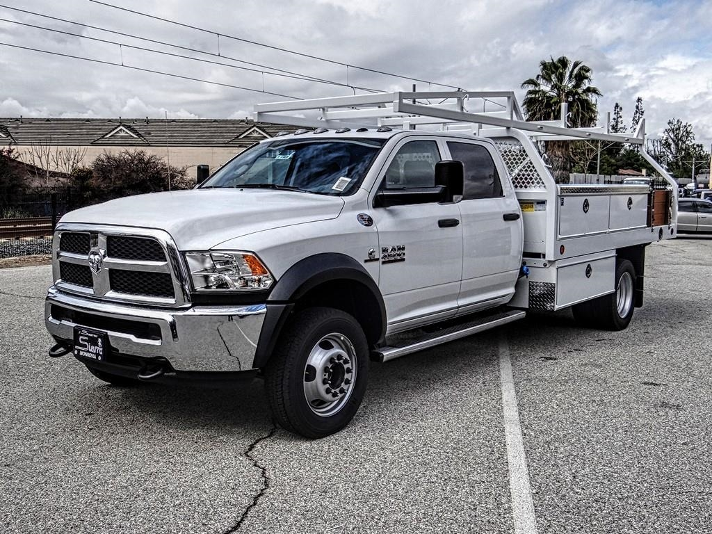 2018 Ram 4500 Crew Cab DRW 4x2,  Royal Contractor Body #R1965T - photo 7